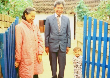 Nguyen Do's Parents and His Daughter